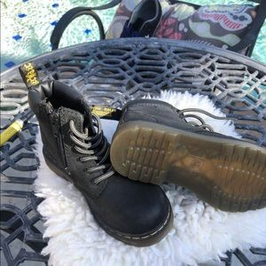 Kids Dr Martens Air Force